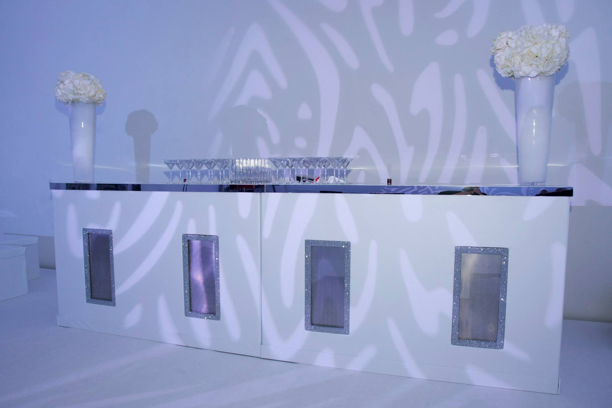 White and mirror bar hire